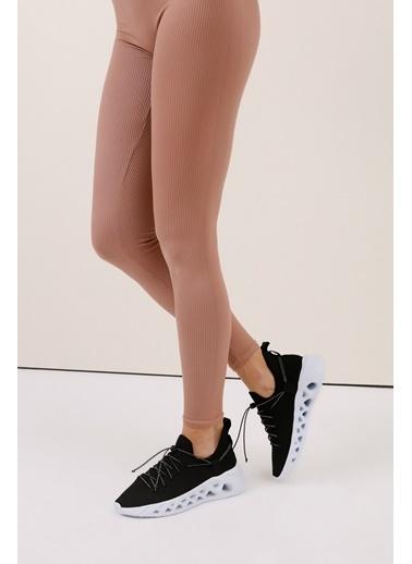 Gusto Bağcıklı Kumaş Sneaker - Siyah Bağcıklı Kumaş Sneaker - Siyah Siyah